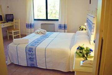 HOTEL MONTIRUJU Santa Maria Coghinas