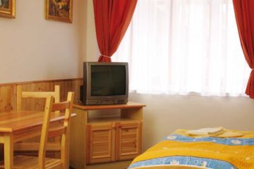 HOTEL U LIŠKY Hoštka